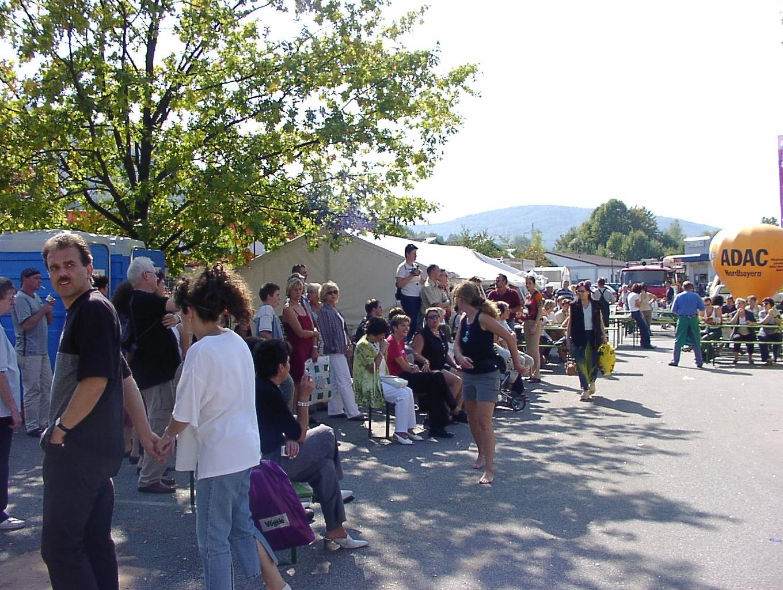 Viele Zuschauer beim Oktoberfest im PEZ