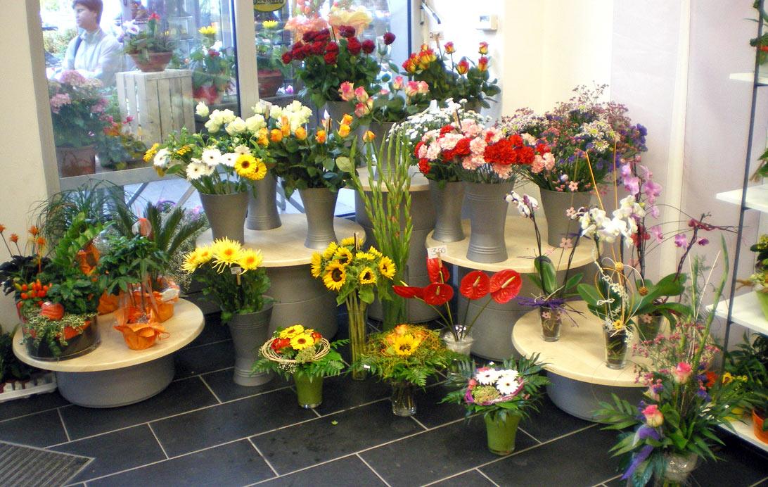 Frische Blumen bei Blumenzauber im PEZ